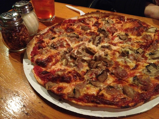 Al's Pizza in Warrenville